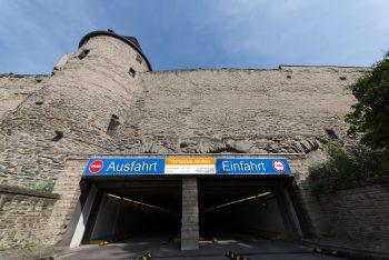 """Die Stadtwerke Andernach passen die Öffnungszeiten der """"Tiefgarage Rathaus"""" an."""