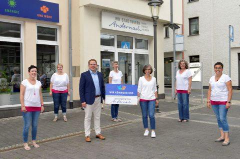 Das Vorstandsteam der ChoriFeen freut sich gemeinsam mit Lars Hörnig (kaufm. Geschäftsführer der Stadtwerke Andernach) über die gemeinsame Partnerschaft. © Meta Welling